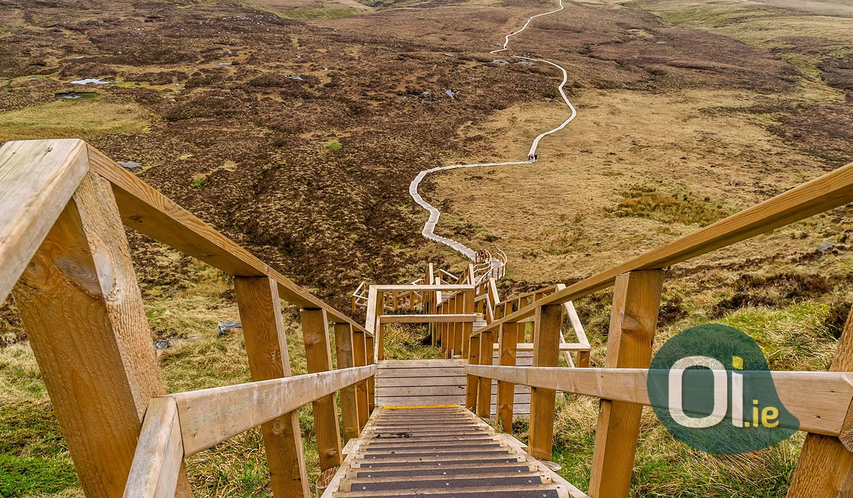 Cuilcagh Trail, the stairway to heaven in Ireland