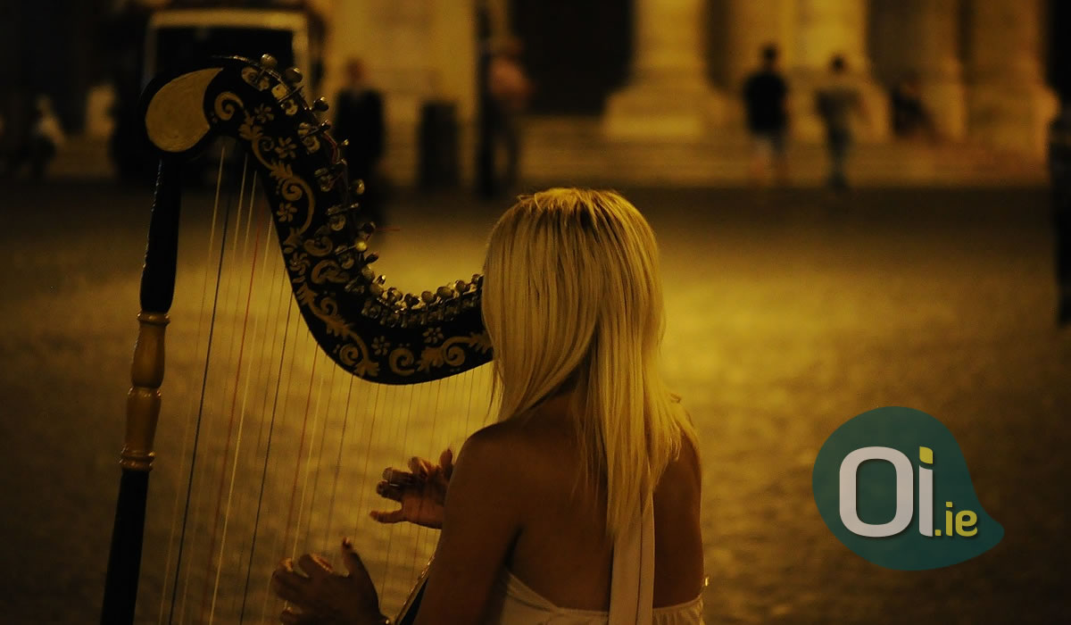 Why is the harp the national symbol of Ireland?
